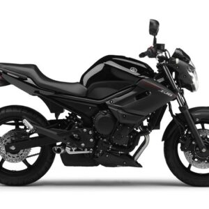 motos-principe-Yamaha-XJ6-ABS-Race-Black-Studio-01